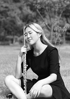 백은비, Flute